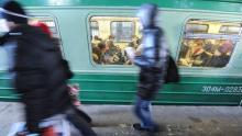 Летящий мимо поезд